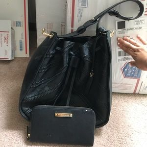 Vince Camuto Black Purse w/ Matching Wallet!